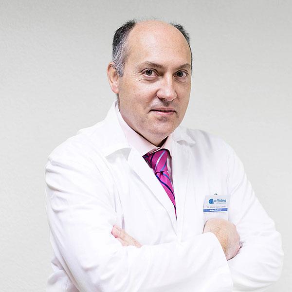 Dr. Ignacio Calvo