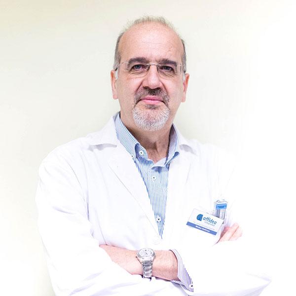 Dr. Javier González