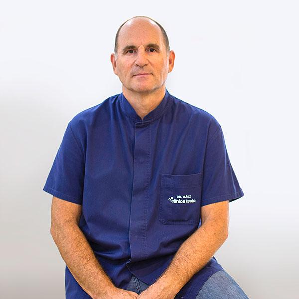 Dr. Julio Sáez
